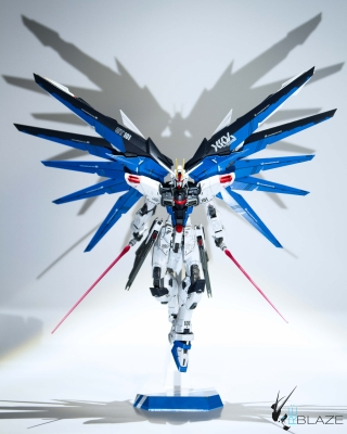 MG 1/100 Freedom Gundam 2.0
